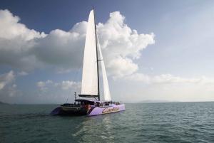 Daydream Island: Full-Day Whitsundays Catamaran Sailing