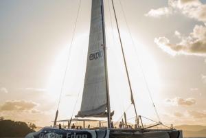 Hamilton Island: Whitsundays Sunset Sail with Refreshments