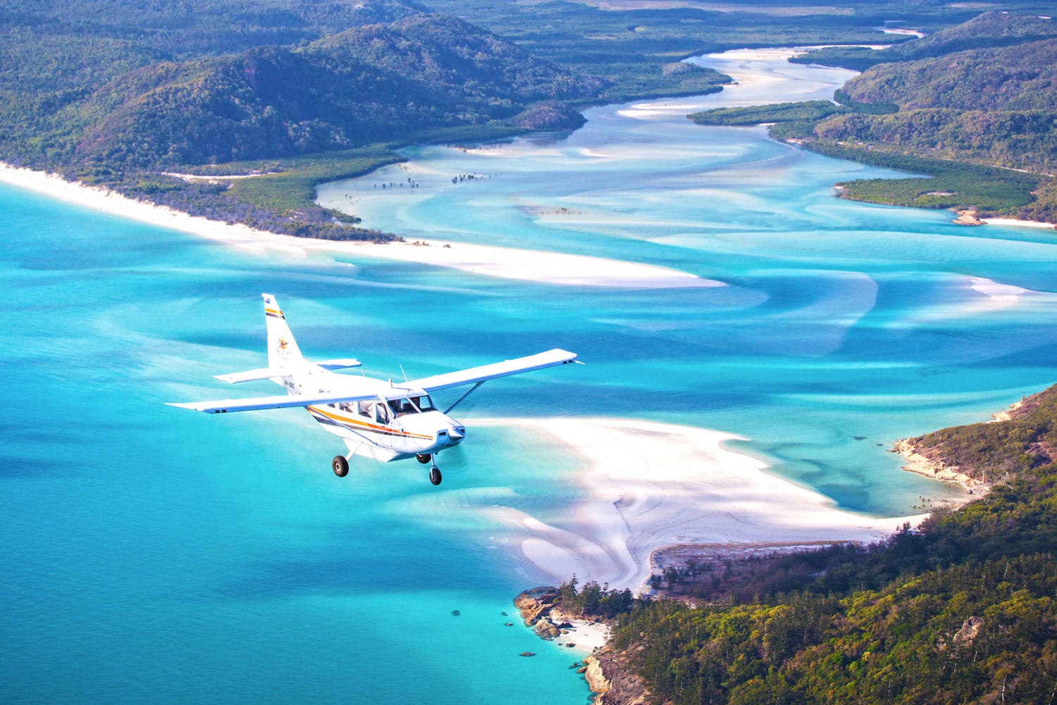 Whitsunday Islands High-Speed Cruise and Scenic Plane Flight