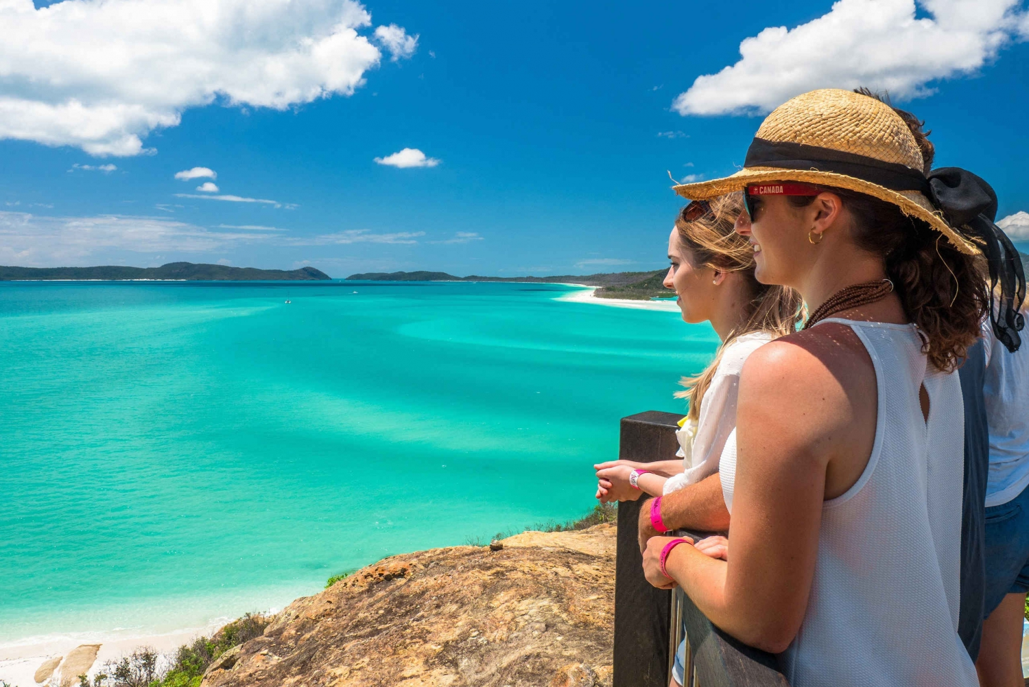 Whitsundays 2-Day Trip Combo: Outer Reef and Whitehaven