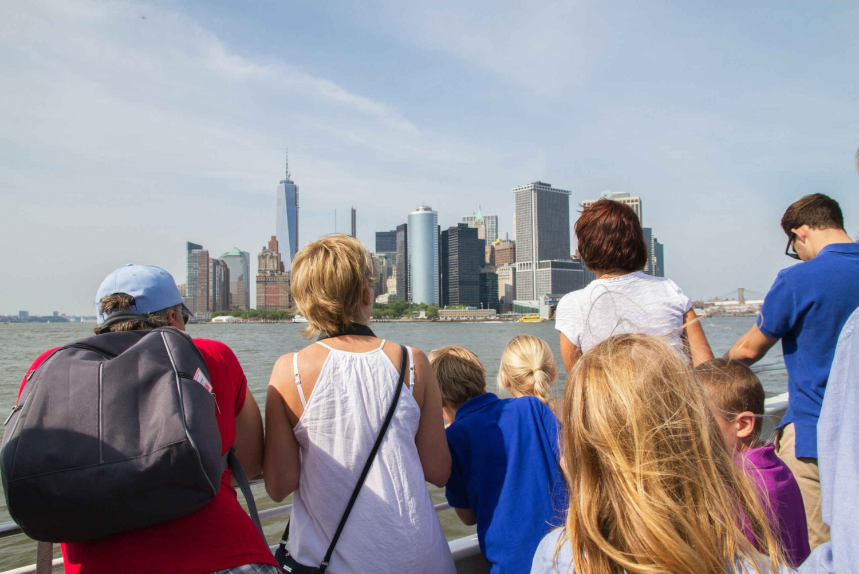 90-Minute Landmark and Harbor Cruise