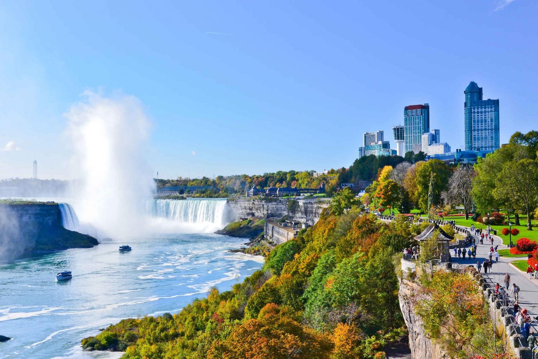 From New York City: Niagara Falls Full-Day Bus Tour
