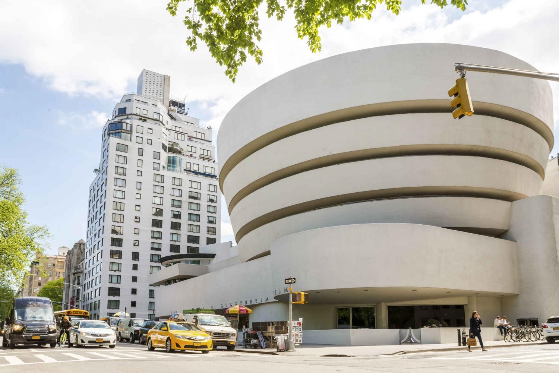 Guggenheim Museum Day Ticket: Skip the Main Line