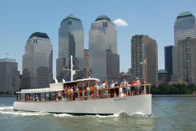 Luxury Yacht Tour: 2.75-Hour Brunch Cruise Around Manhattan
