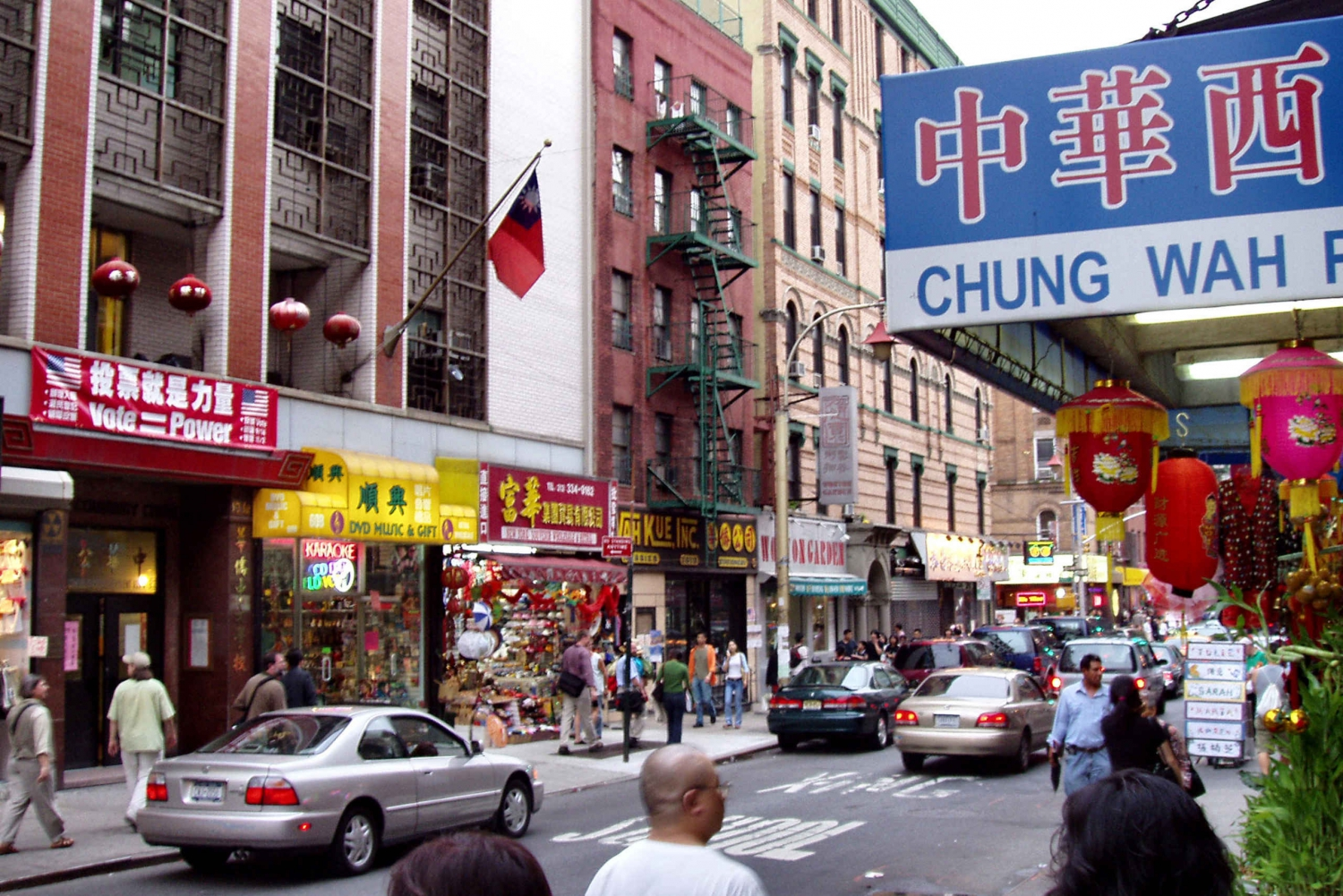 New Chinatown and Little Italy Walking Tour