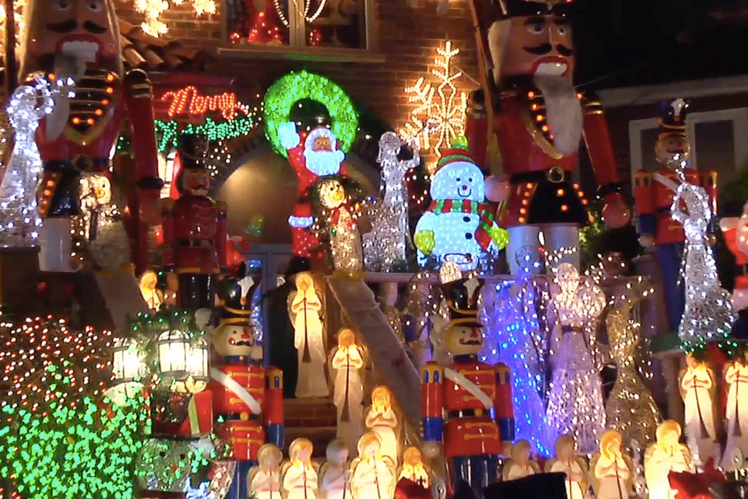 New York Christmas Lights in Dyker Heights