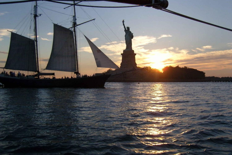 New York City Sunset Cruise: Sail Schooner Adirondack