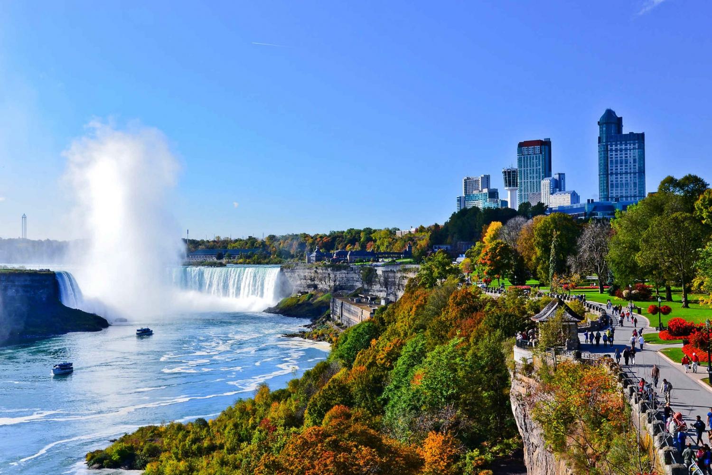 Niagara Falls and Washington DC 2-Day Combo from New York