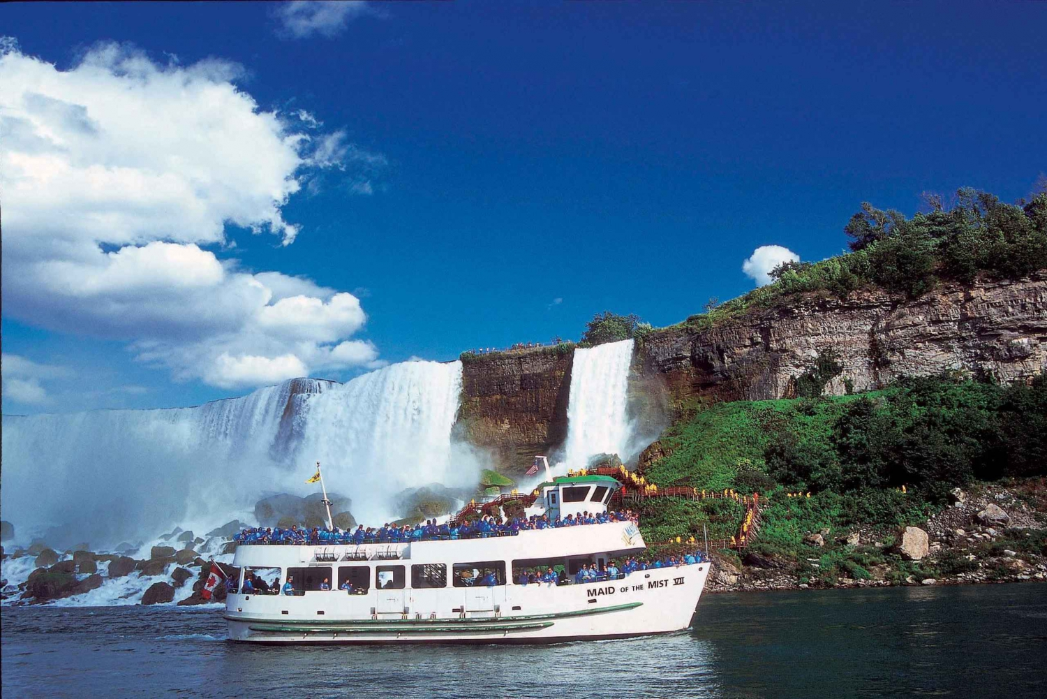 Niagara Falls USA Tour with Cave of the Winds and Boat Ride