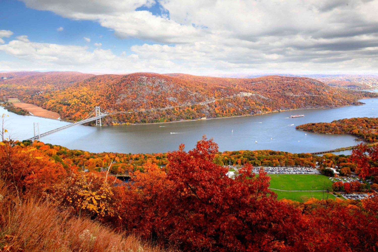 Private Fall Foliage Helicopter Tour of the Hudson Valley