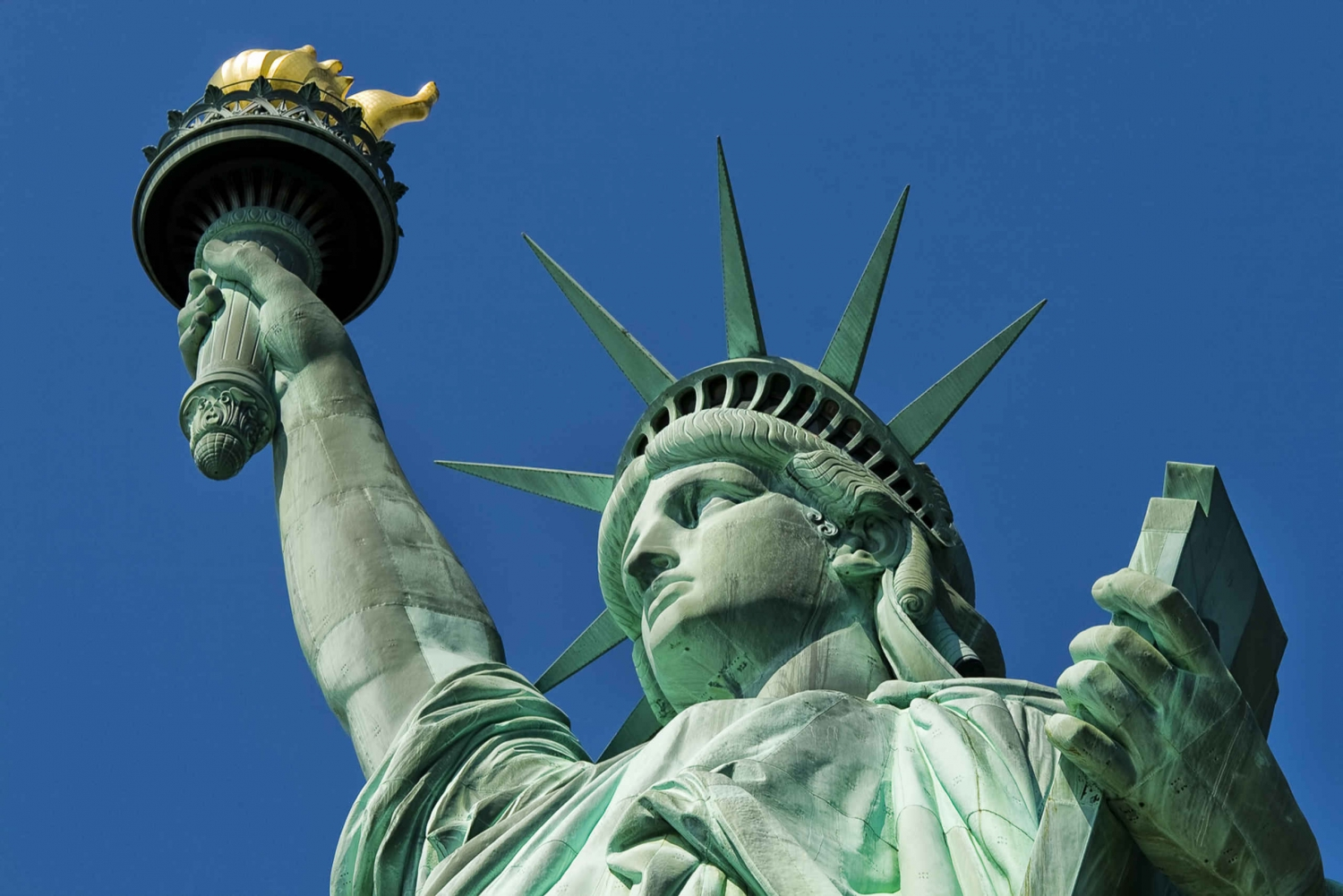 Statue of Liberty and Ellis Island Small Group Tour