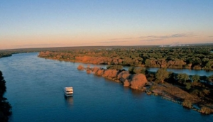 African Queen Cruise Co - Livingstones Adventure