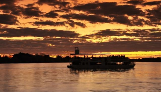 River Cruises - Safari Par Excellence