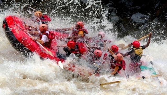 White Water Rafting - Bundu Adventures