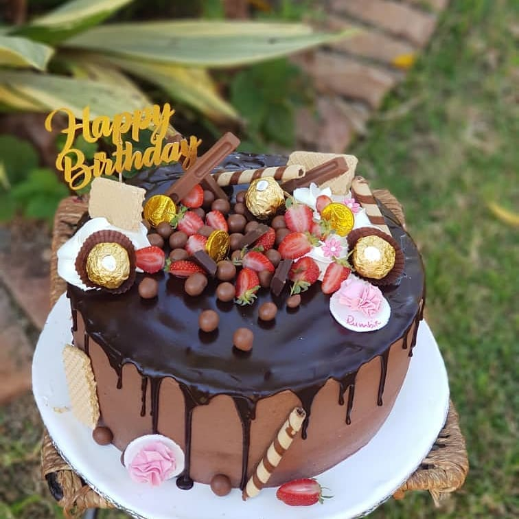 Cakes by Nyarie