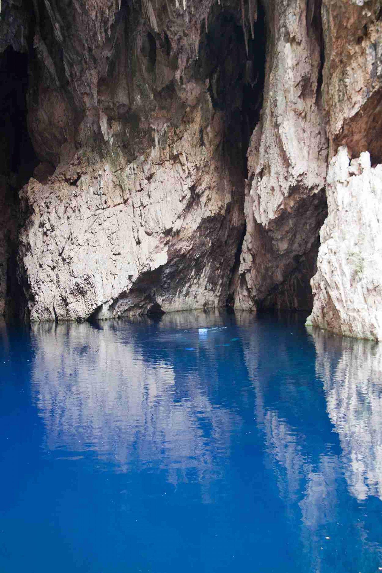 Chinhoyi Caves Recreational Park