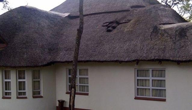 Mudziyashe Lodge