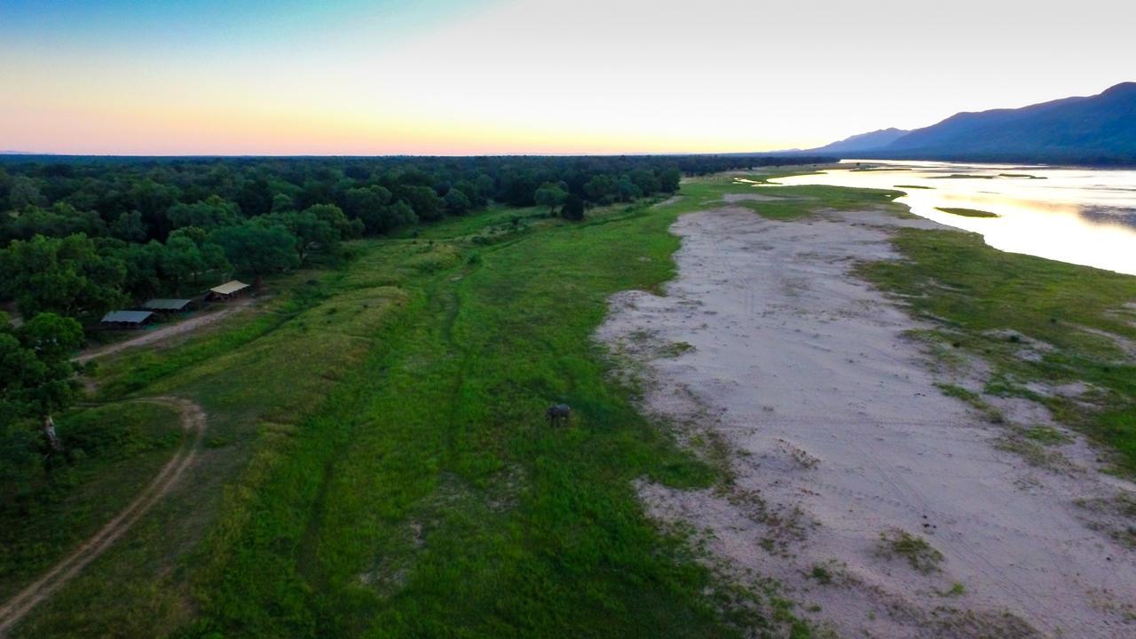African Bush Camps (Kanga Camp & Zambezi Expeditions,)