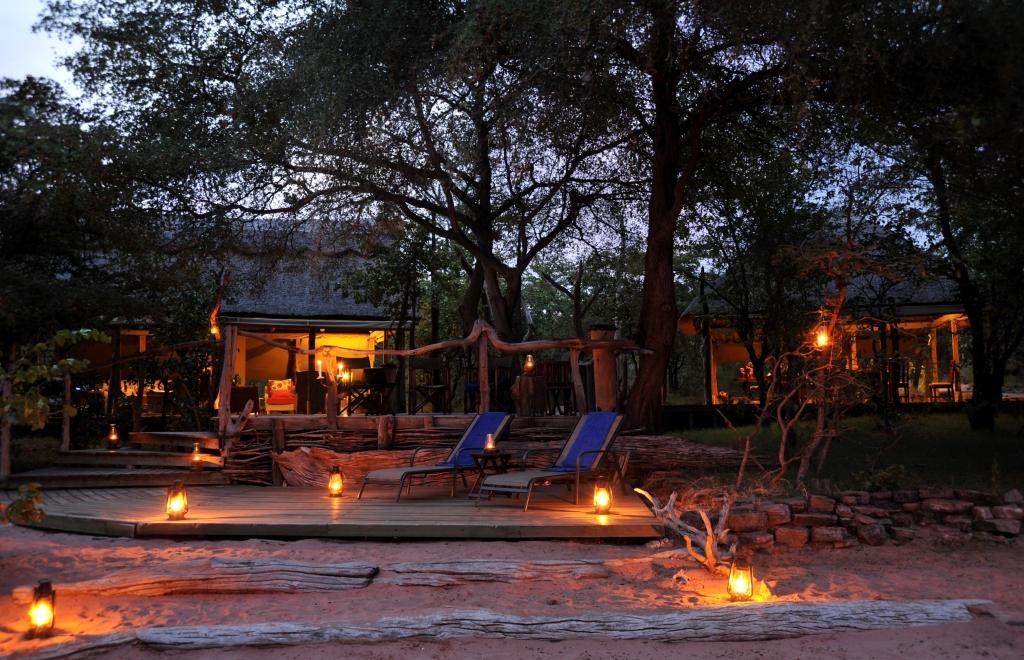 Mana Pools and Lake Kariba Special