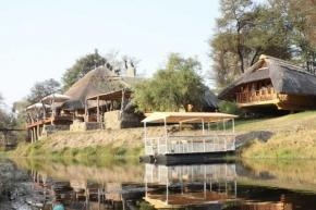 Wild Winter Day Trips At Pamuzinda & Chengeta Safari Lodges