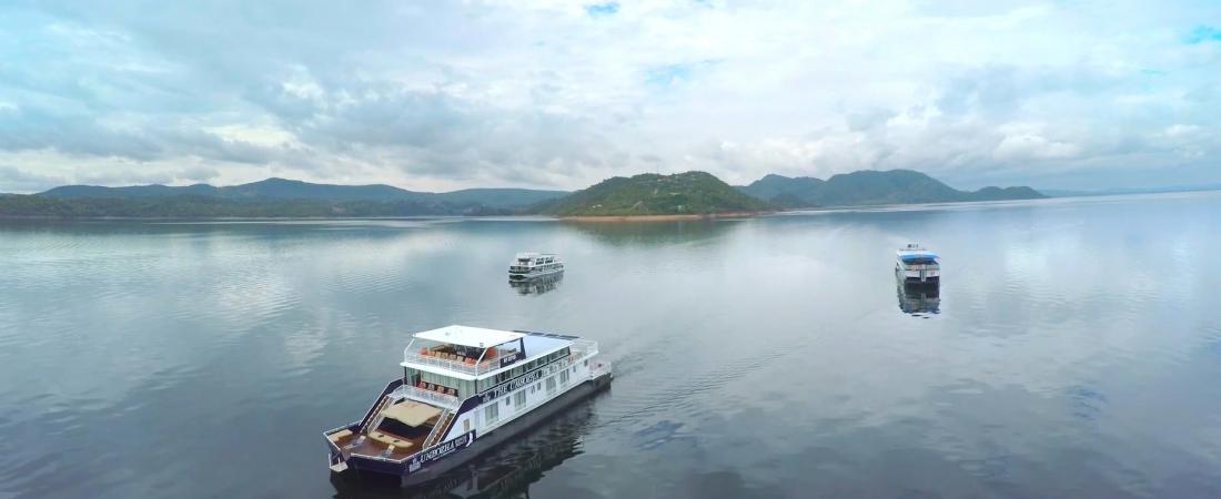 Zambezi Cruise Safaris Special